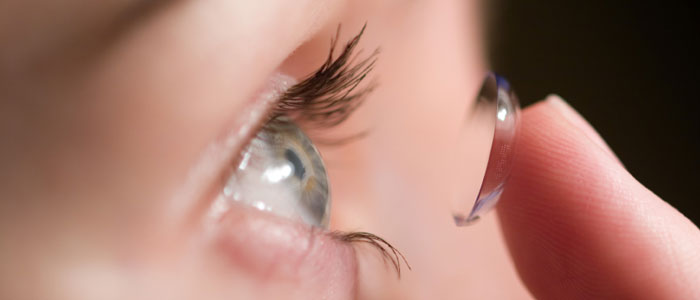 Tips for wearing Contact Lenses